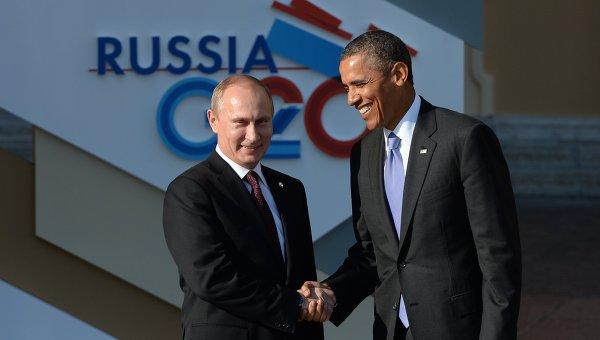 Tổng thống Nga, Vladimir Putin và tổng thống Hoa Kỳ, Barack Obama trong cuộc gặp thượng đỉnh các nước G20. Trong ảnh, ông Putin đeo cà vạt đỏ còn ông Obama đeo cà vạt tông xanh. Hai nhà lãnh đạo rời cuộc họp và giữ nguyên quan điểm của mình về vấn đề Syria.