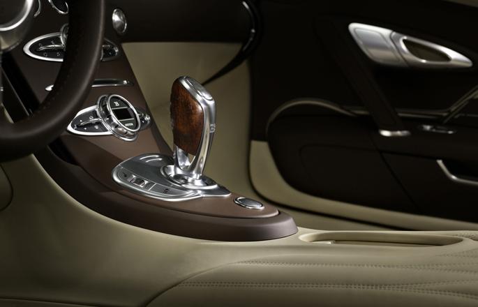 BugattiVeyronLegend13