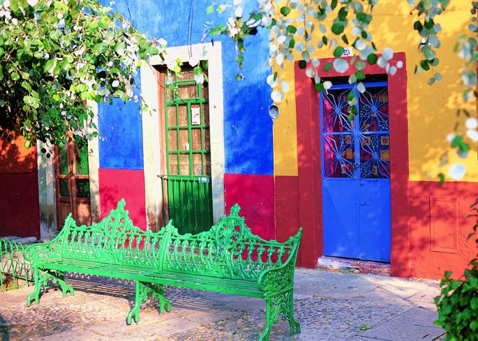 Q091_Plaza Des Colores