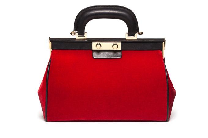 Túi doctor Red Velvet của Marni