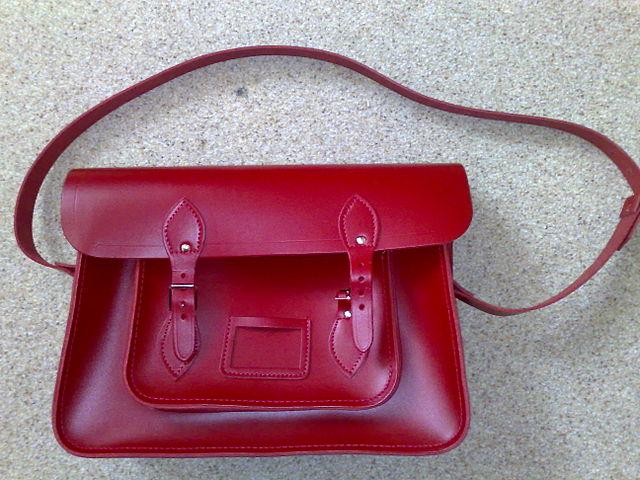 Túi satchel kiểu Cambridge cổ điển