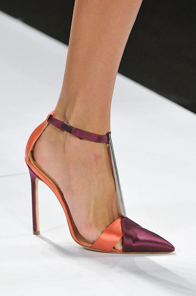 Ankle-Strap-Pumps-Carolina-Herrera-Spring-2014
