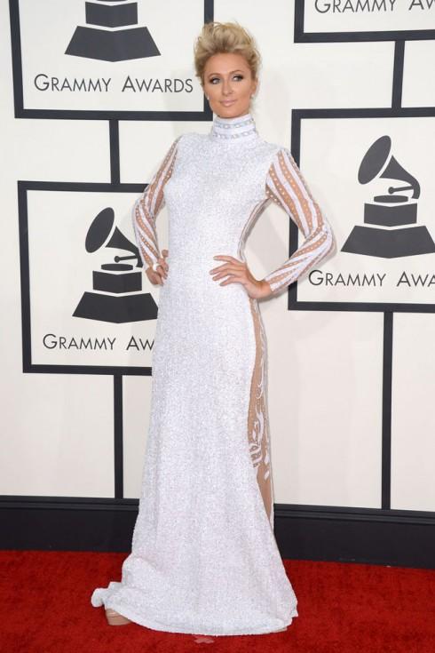 Grammy-Paris-Hilton-490x735