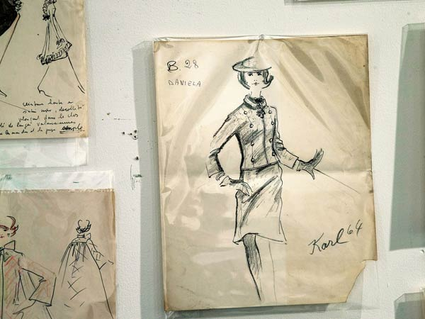 Karl Lagerfeld-Tiziani-sketches-1