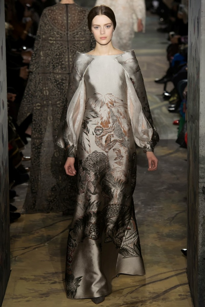 valentino-spring-2014-couture-runway-44_16404223151