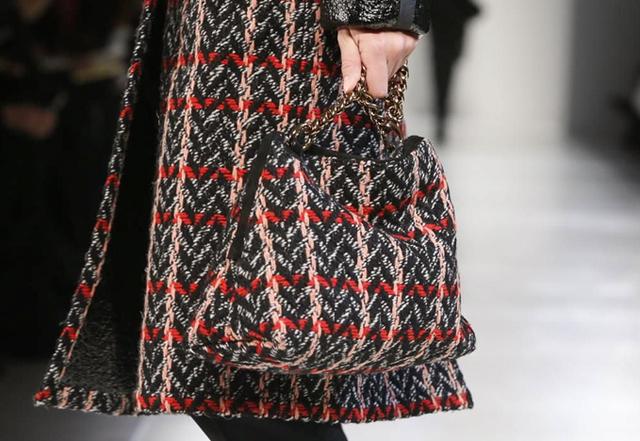 Victoria-Beckham-Fall-2014-Tweed-Bag