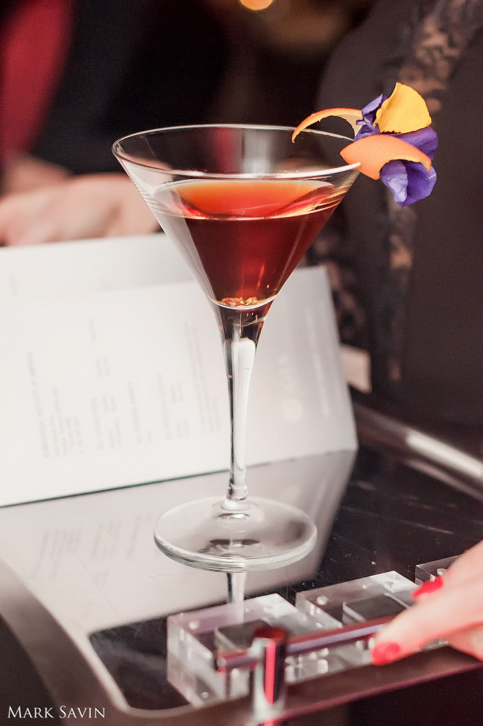 worlds-most-expensive-cocktail-reka-moscows-ice-terrace-3-690x1037