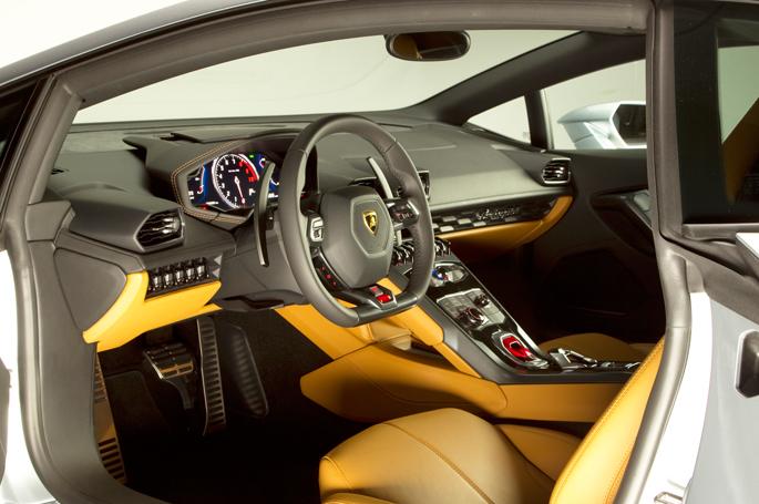 Lamborghini-Huracan14