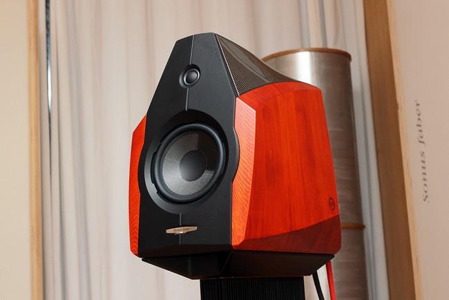 Chỉ có 30 cặp Extrema phiên bản 2014 được xuất xưởng mà thôi