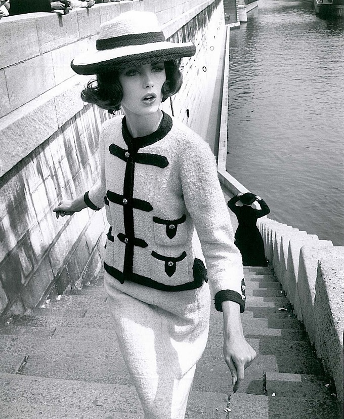 chanel-linton-tweed