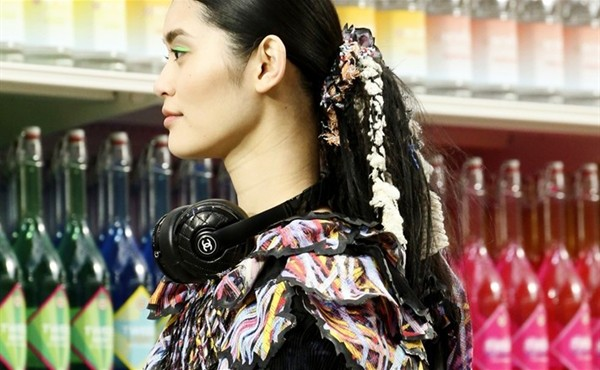 first-look-chanel-x-monster-headphones_1