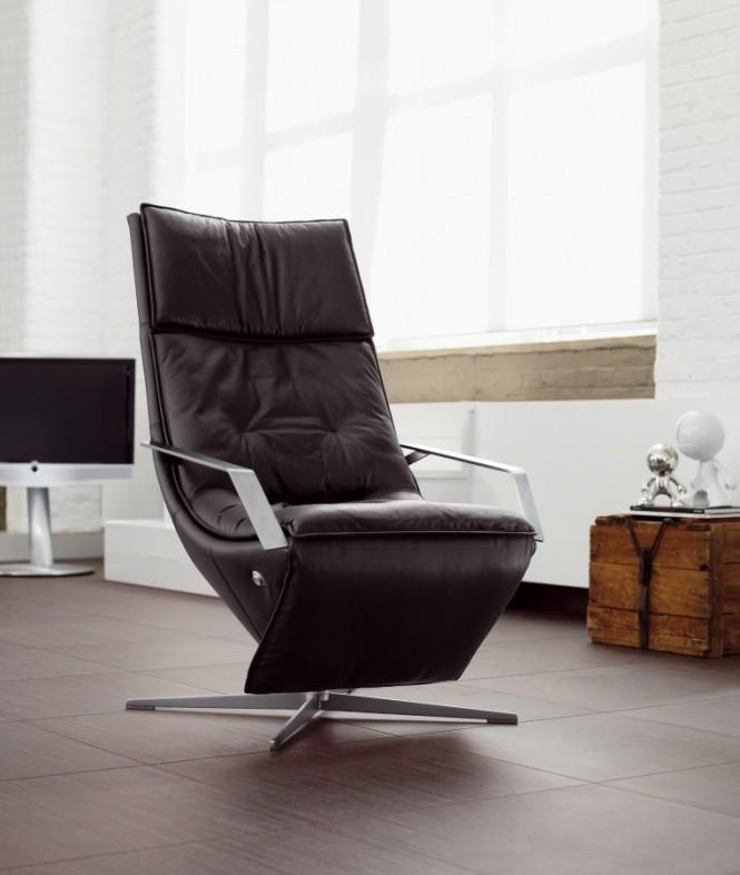 1-Black-Recliner-Chair-665x786