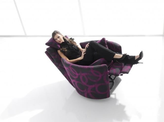 12-Stylish-modern-recliner-chair-665x497