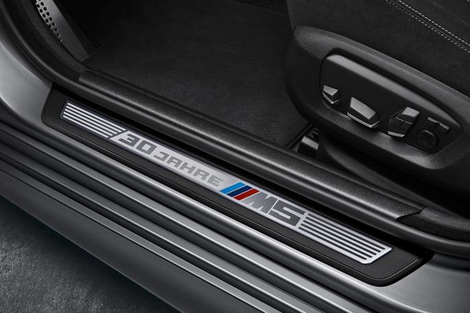 BMW-M5-30-Jahre-M55