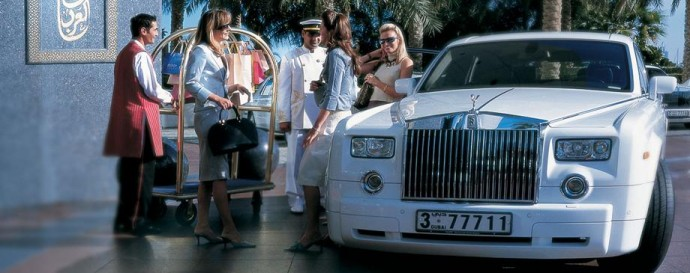 Rolls-Royce-690x273
