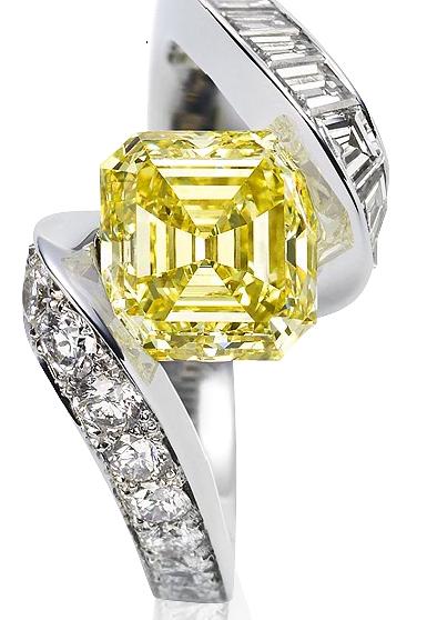 Nhẫn kim cương cắt kiểu Asscher của Van Cleef & Arpels