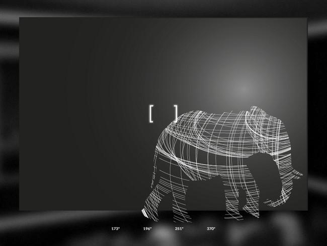 So sánh kích thước của Titan Zeus với một con voi