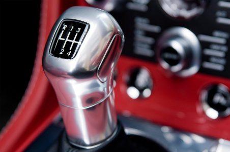 Hộp số Sportshift III 7 cấp của V12 Vantage S Roadster