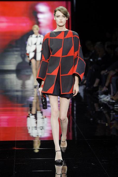 giorgio-armani-prive-haute-couture-fall-2014-pfw27
