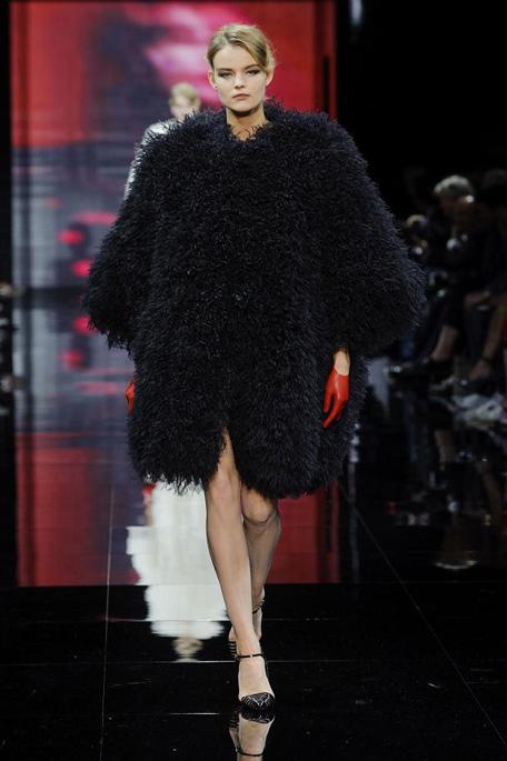 giorgio-armani-prive-haute-couture-fall-2014-pfw46