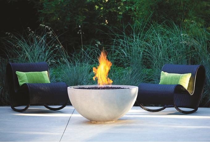 modern-outdoor-fire-pit