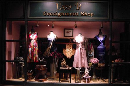 Mô hình các cửa hàng kỳ gửi ra đời trước khi có các trang web bán hàng hiệu second-hand