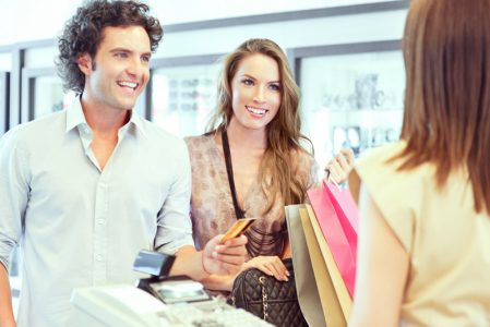 Couple-Shopping-Large-001