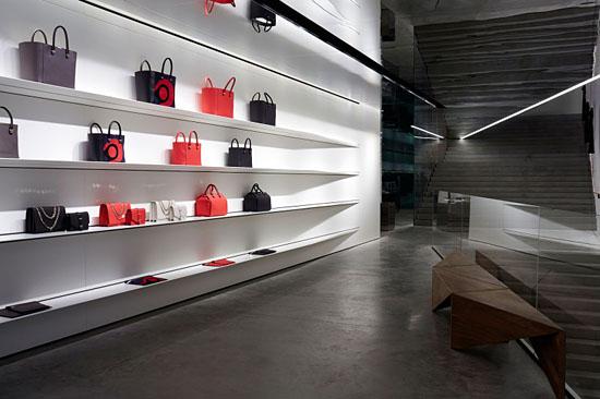 Victoria-Beckham_London_store_2-800x533