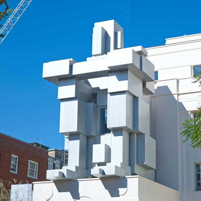 Antony-Gormley-creates-hotel-room-inside-giant-man-sculpture_dezeen_1sq