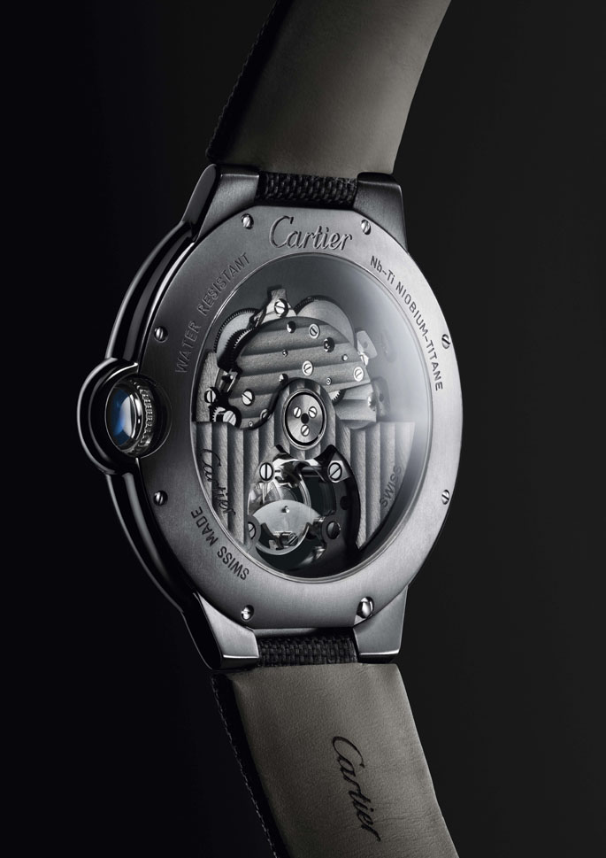 LuxeVN-Ballon-Bleu-de-Cartier-2014-Collection-2