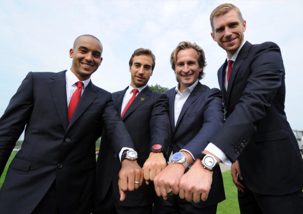 luxevn-Bruno-Grande-and-Arsenal-FC-players
