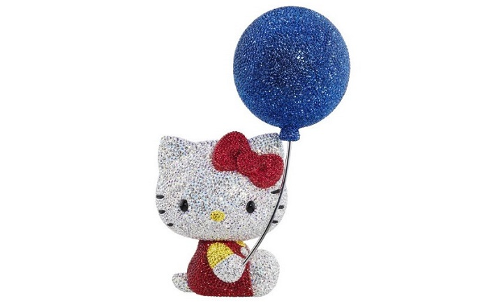 Hello_Kitty_2014_Figurines_Swarovski