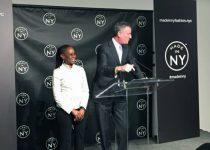 New York đặt tên phố, vinh danh Oscar de la Renta