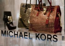 Michael Kors gia nhập cuộc chơi công nghệ thời trang