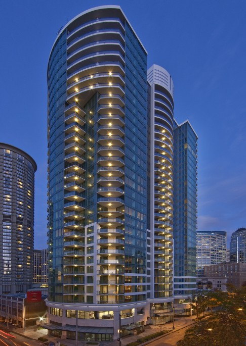 escala-exterior-photos-small-1-1