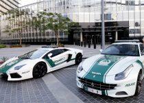 Video: Cảnh sát Dubai trên dàn siêu xe
