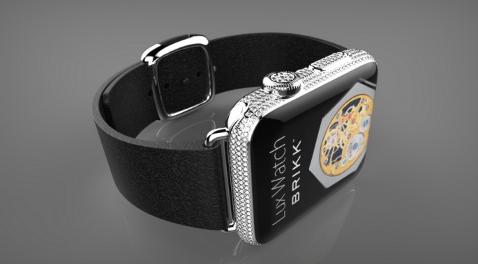 Apple-Watch-Brikk-Lux-Deluxe-in-platinum-with-2.3-carats-of-diamonds