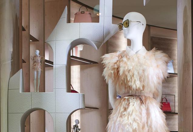 luxevn-fendi-window-display-1