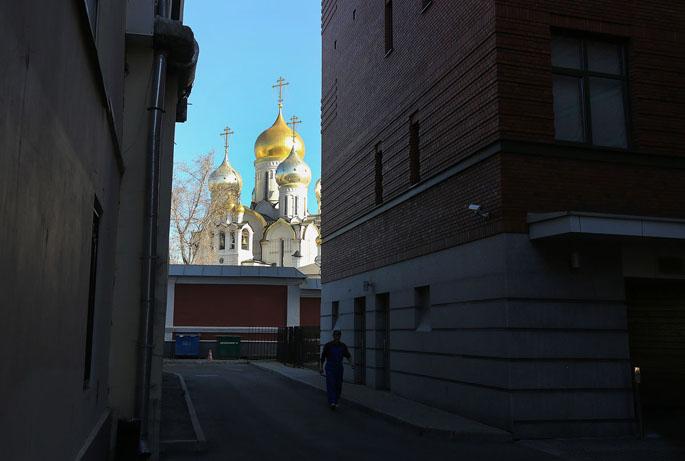 luxevn-russia-slumps
