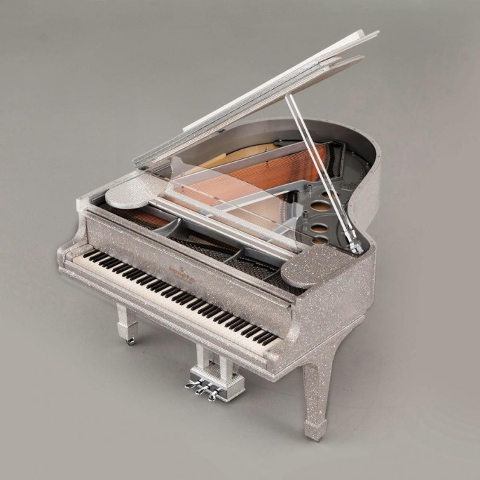 Steinway-Sons-Crystal-Piano-by-Goldfinch
