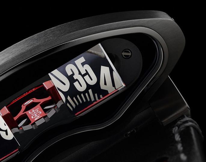 MB-F-HMX-Watch-7