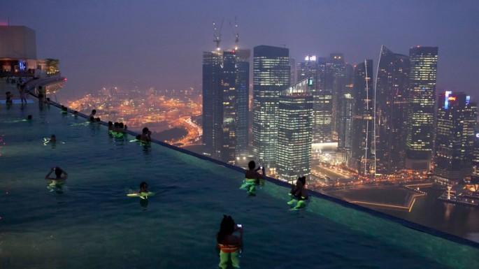 Marina-Bay-Resort-Singapore-_-THE-POOL